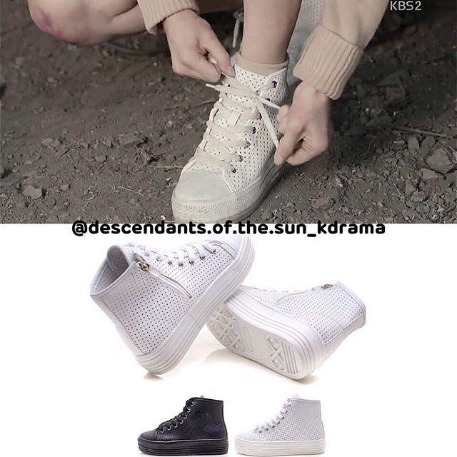 [BELI DISINI, BELANJA SEKARANG!] (Descendants of The Sun - REPLICA Song Hye Kyo's shoes  L-State HighTop - *replika premium brand Rp 489.000,00  Sepatu Song Hye Kyo yang ori harganya kurang lebih Rp 5juta! Tp pengen bgt beli sepatu yg sama? Niiih...impor dari Korea juga loh!!! Keterangan: *mohon baca dengan seksama* - Pre - Order 2 minggu dr pemesanan - Merupakan produk IMPORT dr KOREA; membutuhkan 2-3 minggu untuk pengiriman ke Indonesia. - Shipping location: from Kota Bandung, INDONESIA…