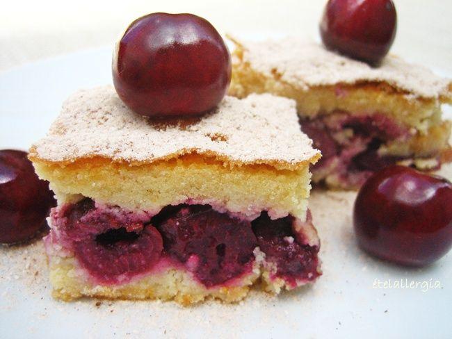 Érik+a+cseresznye!+Ezt+a+gluténmentes,+laktózmentes+sütit+nem+lehet+kihagyni.+  Az+omlós+tésztákat+cukor+helyett+por+alapú+édesítőszerrel+is+el+lehet+készíteni,+különösen,+ha+a+töltelék+önmagában+is+édes+gyümölcs,+mint+az+alma+vagy+a+cseresznye.+Általában+eritritolt+használok+ezekhez+a…