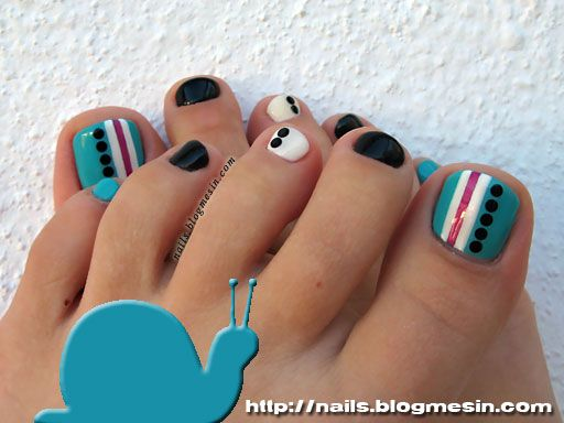 Soak-off Gel Polish Pedicure nails.blogmesin.com