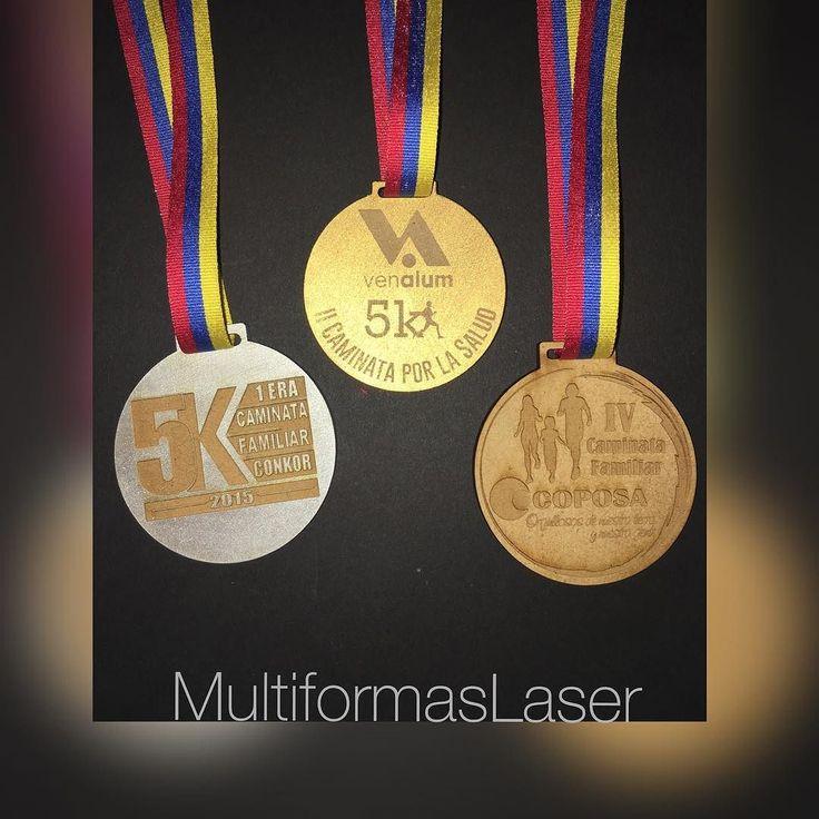 Medallas Grabadas y Personalizadas. http://ift.tt/1R9xzbU info@multiformaslaser.com #multiformaslaser @multiformaslaser  #trofeos #trofeosdeacrilico #medallas #cortelaser #grabadolaser #acrílicocast #mdfdecorado #mdf #trofeospersonalizados #diseñodetrofeos #diseñounico #caminata #competencia #runner #runners #carreras #campeonato #deportes #participacion #graduacion