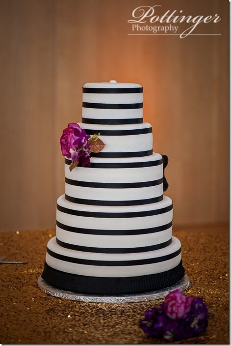 wedding cakes columbus indiana we adore this modern cake design by leigh cakes 24099