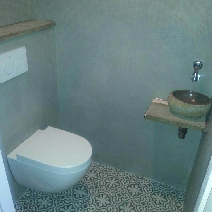 25 beste idee n over kleine toiletruimte op pinterest toiletruimte toilet beneden en wc - Deco toilet grijs ...