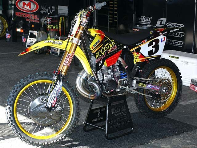 Mike Browns Suzuki RM 250 cc.. Motocross bike MX two-stroke 2-stroke