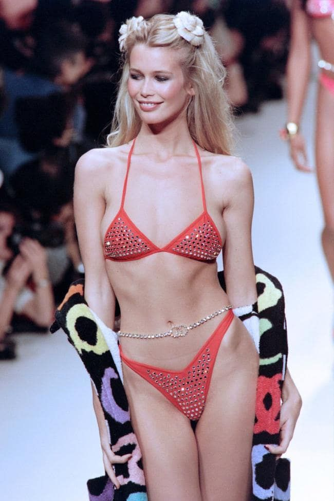 Chanel fashion shows in the 90s: the best runway moments - Vogue Australia