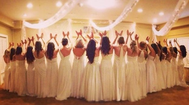 Pi Beta Phi angels throw what you know #piphi #pibetaphi