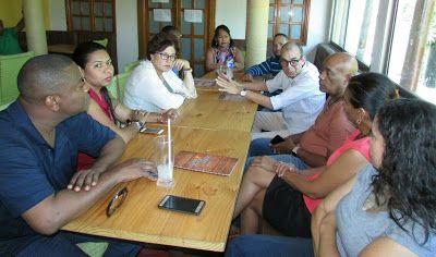 Entre Notas Rosa Multimedia: Corpoguajira firma alianza con funcionarios de Cur...