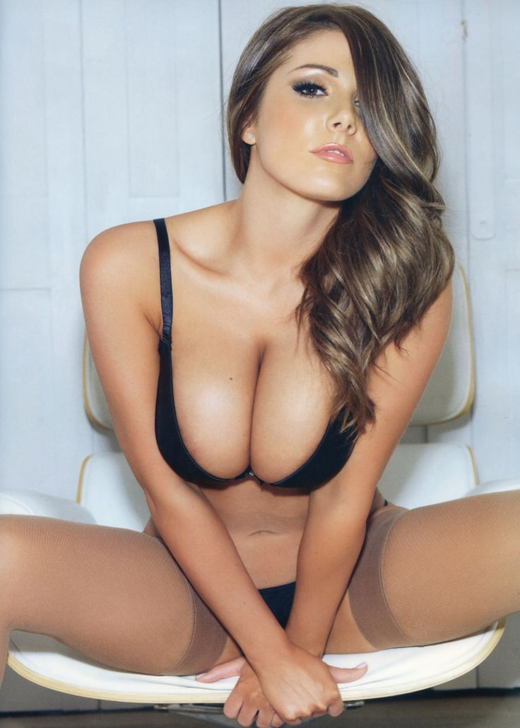 Lucy pinder breast size
