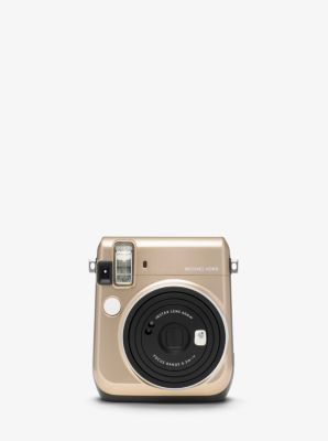 Find the Appareil photo INSTAX® Michael Kors x FUJIFILM by Michael Kors at Michael Kors.