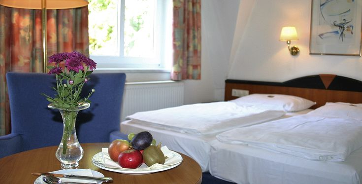 Wochenende Fur Verliebte In Waren Raum Neubrandenburg Romantisches Zimmer Urlaub Reisen Wochenende Zu Zweit
