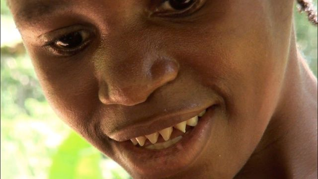 Oh the cultural relativism of beauty... A Baka Pygmy girl ... Pygmy People Teeth