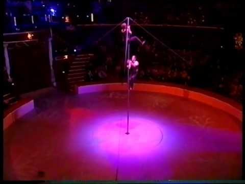 Vertical Tango (USA/Switzerland) Gold medal 26th Festival Mondial du Cirque de Demain - Paris Cirque d'Hiver - 2005