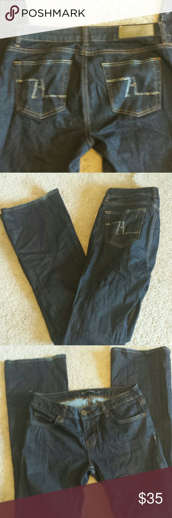 Womens Zara jeans bootcut size 6 diamond pocket Women size 6 Zara Jeans. Diamond design on back pockets.  Bootcut style.  These are great looking jeans . Bottom right by hem has discoloration and scratches (purchased like this) but does not show because by hemline but because of this huge discount. Zara Jeans