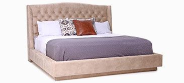 Lit Melanie par Jaymar. Pour un look Country Ranch with the Melanie upholstery bed.