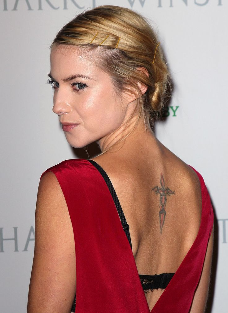 17 best images about laura ramsey on pinterest hot babes olivia d 39 abo and cancun. Black Bedroom Furniture Sets. Home Design Ideas