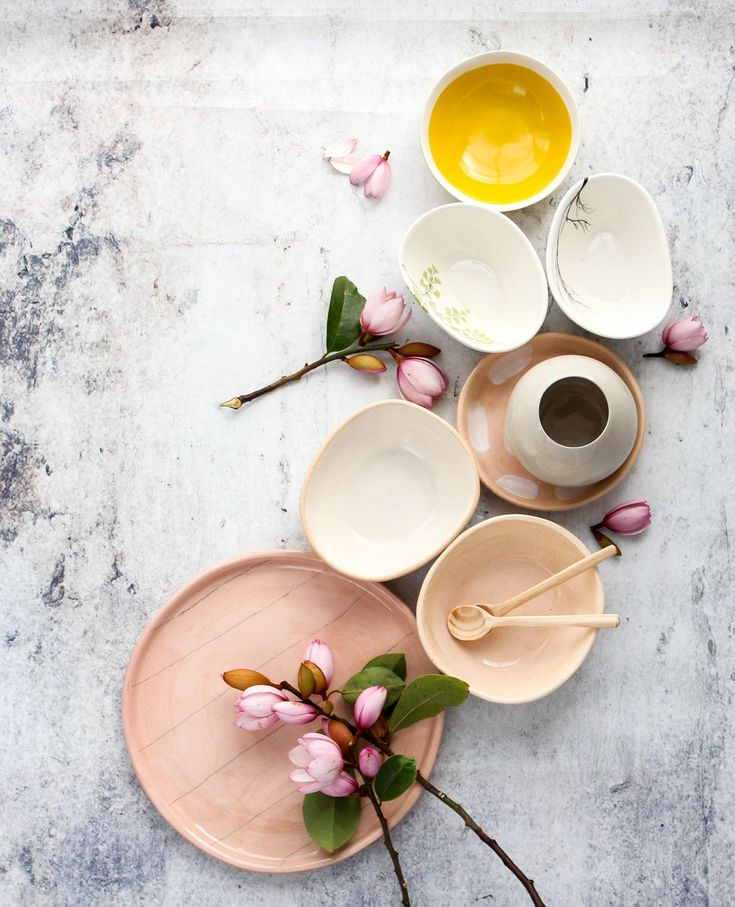 Its official this image has to be on of my most popular ever!  Seems you guys love a good selection of ceramics as much as I do.   #interior #interiordesign #homeware #homedecor #decor #interiorphotography #photography #productphotography #interiorinspiration #ceramics #flatlay #productstylist #photography