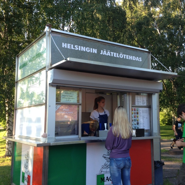 Helsingin Jäätelötehdas, kesäkioski Taivallahti, Helsinki