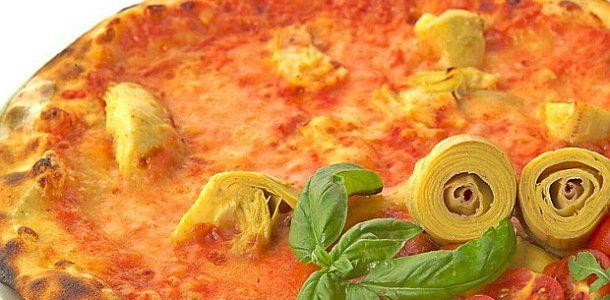 Ricetta pizza con carciofi e salame