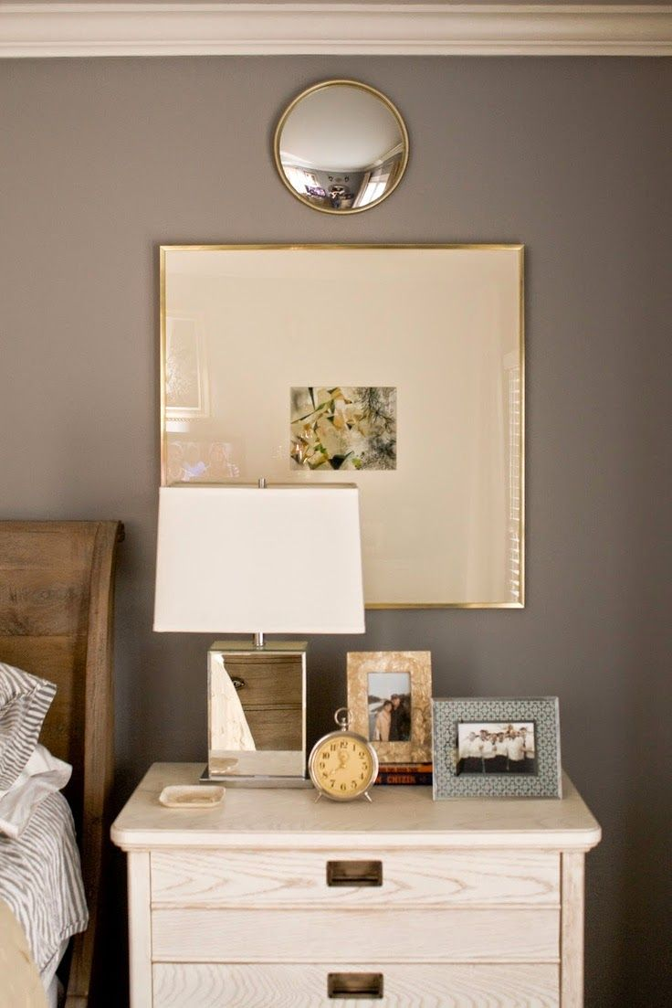 framed - displaying family pictures