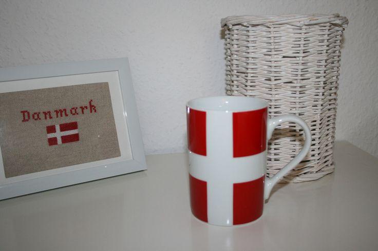 Tasse dannebrog dänisch rot weiß Fahne Flagge von Lille Danmark auf DaWanda.com