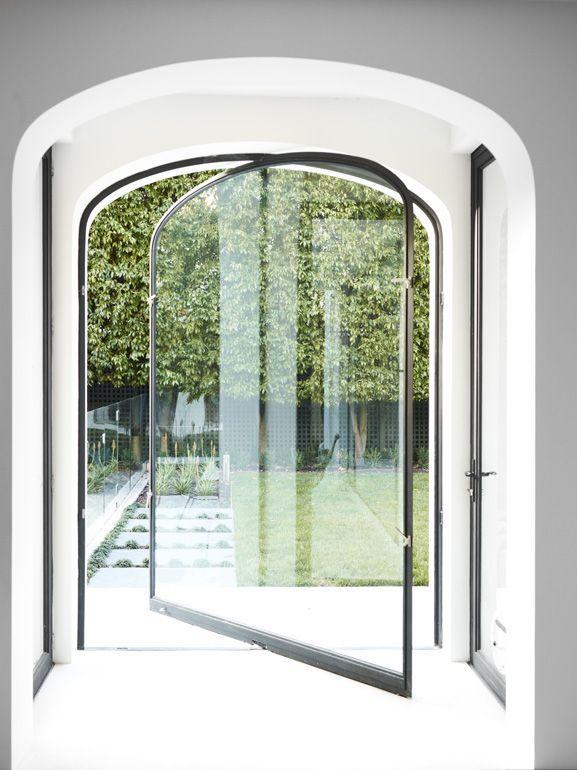 Central pivoting door. #design #innovation