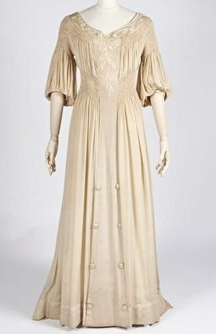 Aesthetic Movement embroidered silk dress with smocked waistline ... c. 1900