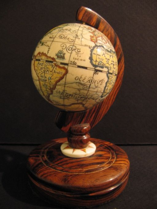 Los globos terráqueos- Son ideales para activar el sector Noreste de nuestros casas, propicia atraer el conocimiento y la sabiduría