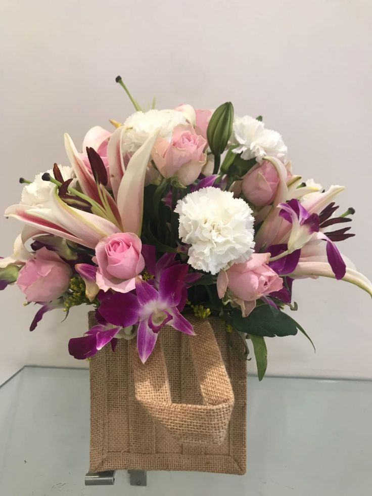 Blooms Only offer Birthday Flower and Bouquet Delivery in Pune at reasonable price. Just place an order online on our website and gifts with best wishes. Send birthday flowers online to pune with same day delivery available. For more details Visit - https://www.bloomsonly.com/birthday-flowers-delivery