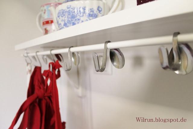 Wilrun: Küchenregal mit DIY Löffelhaken