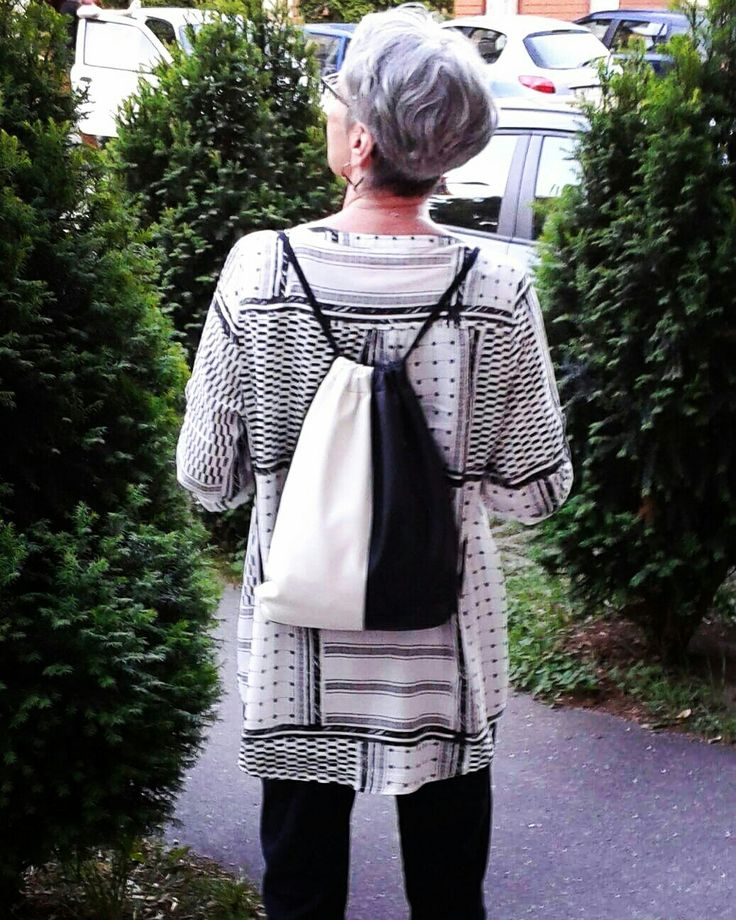 Black & White on the road. My mom wears my handmade REKABOO bags. <3