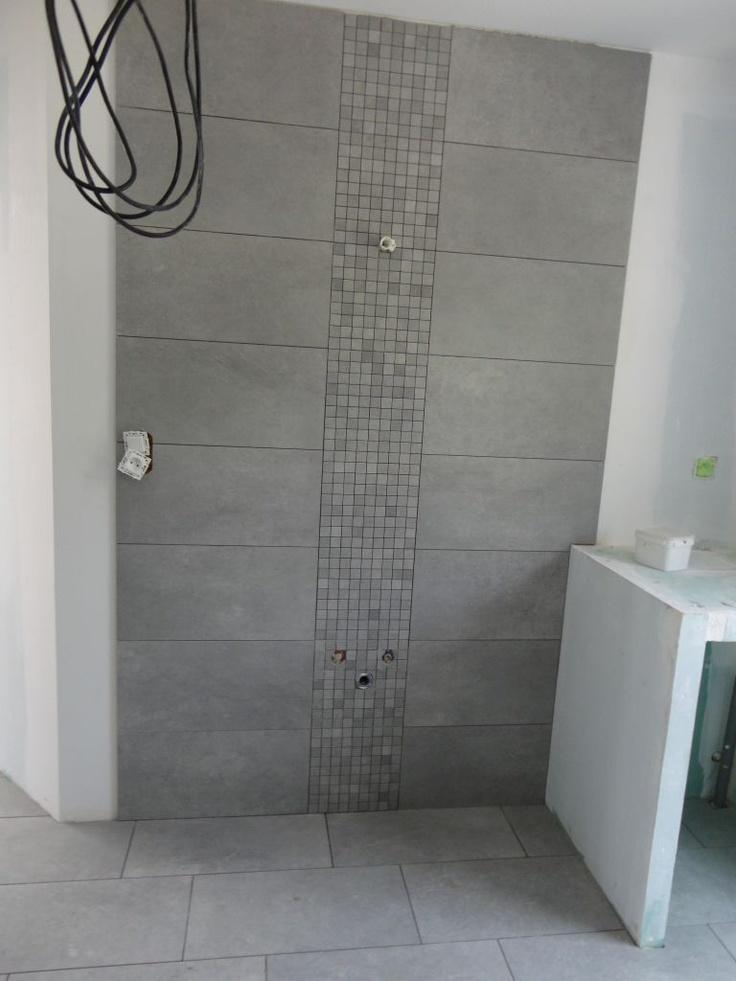 """Photo """"salle de bain du haut , emplacement vasque"""" - Carrelage - faïence"""