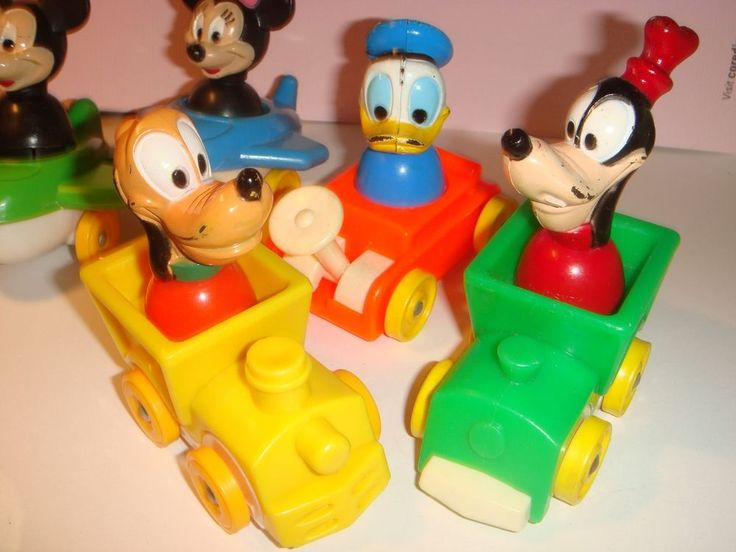 DISNEY MINNIE MICKEY DONALD DUCK GOOFY PLUTO LITTLE PEOPLE TOY RR CAR AIRPLANE #Disney