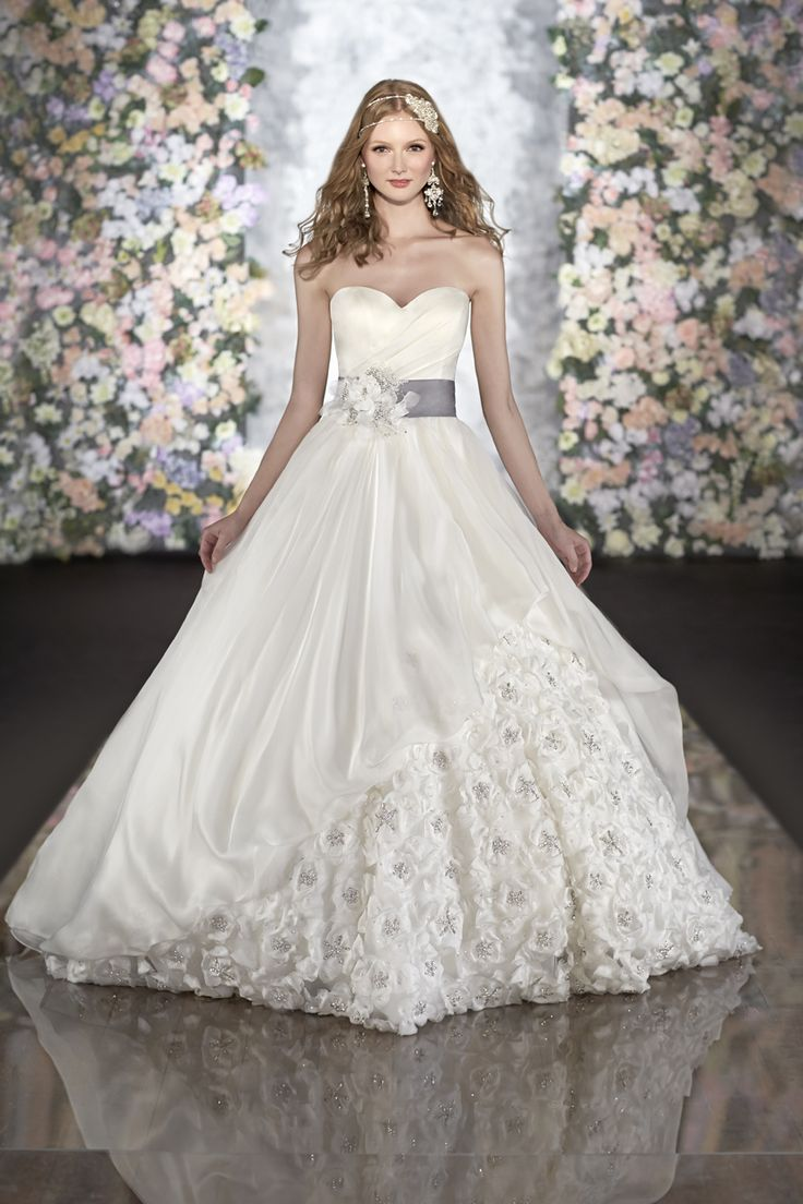 113 besten Wedding dresses Bilder auf Pinterest | Hochzeitskleider ...