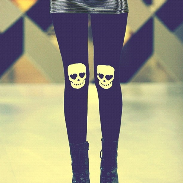 Style idea - tights with funky knees! Love the skulls!
