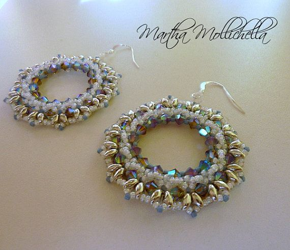 Orecchini fatti a mano con cristalli Swarovski, perline e ganci in argento 925