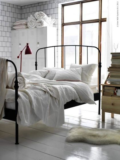 Lovenordic Design Blog: Idea, Modern Country, Wrought Irons Beds, White Beds, White Bedrooms, Beds Frames, Guest Rooms, Paintings Floors, Ikea