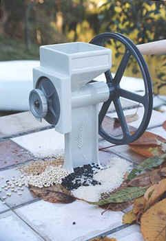 Country Living Grain Mill @ Survival Unlimited .com - An excellent mill!