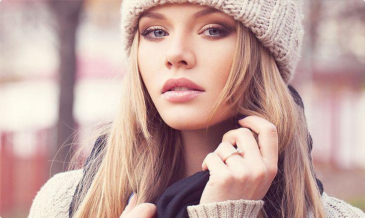 Pielęgnacja dłoni i paznokci zimą. Sprawdź na naszym blogu: http://blog.elarto.pl/poradnik/pielegnacja-dloni-paznokci-zima/