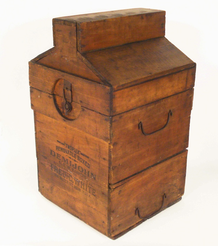 Lost Found Art - Unusual Antique Wooden Box....I'm not sure what this is, but it intrigues me! =)