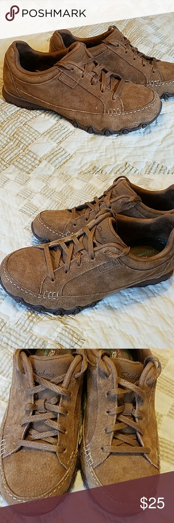 Skechers ladies casual in size 6.5 Ladies Skechers in size 6.5. These were worn by my daughter only a few times and are in EXCELLENT shape. Plenty of life left, color is light brown leather. Skechers Shoes Athletic Shoes