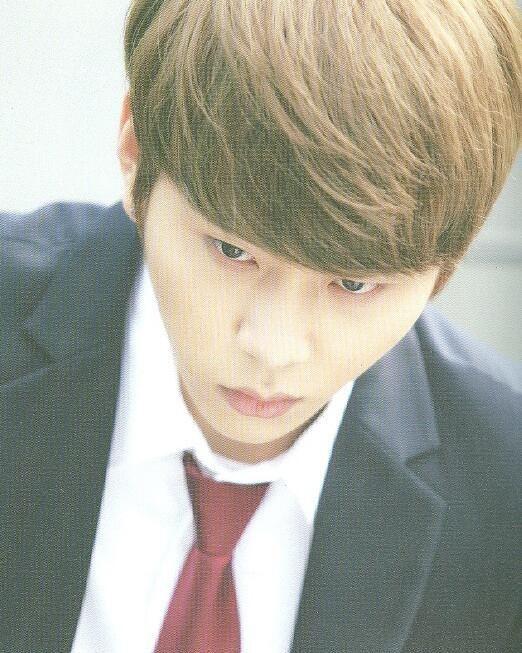 Yong Junhyung as Seolchan