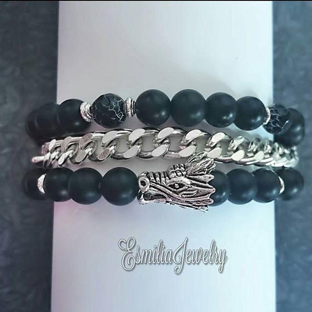 WEBSTA @ esmiliasmycken - Agate beadsEtsy shop #bracelet #handmadejewelry #braceletstacks #handmade #mydesignade #armband #beads  #Gems #gemstone #gem #jewelry #jewelrymaking #jewelrydesigner #shop #shopping #fashion #femalefashion #finejewelry #fashionjewelry #etsy #etsyshop #agte #smycken #bloppis #loppis #dragon