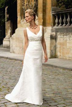 Linea Raffaelli designer silk gown size 16, off white colour empire line detail, v neck with straight skirt and small train wide straps make super flattering brand new dress