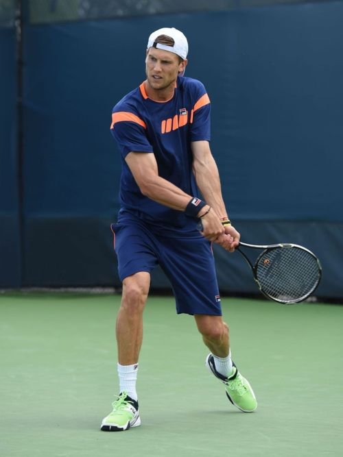 perfect tennis outfits for men adults
