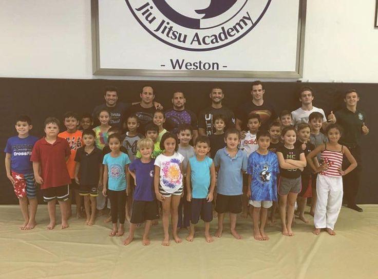 Brazilian Jiu Jitsu  Faixa Azul & Açaí Enthusiast  Team Renzo Gracie BROOS…