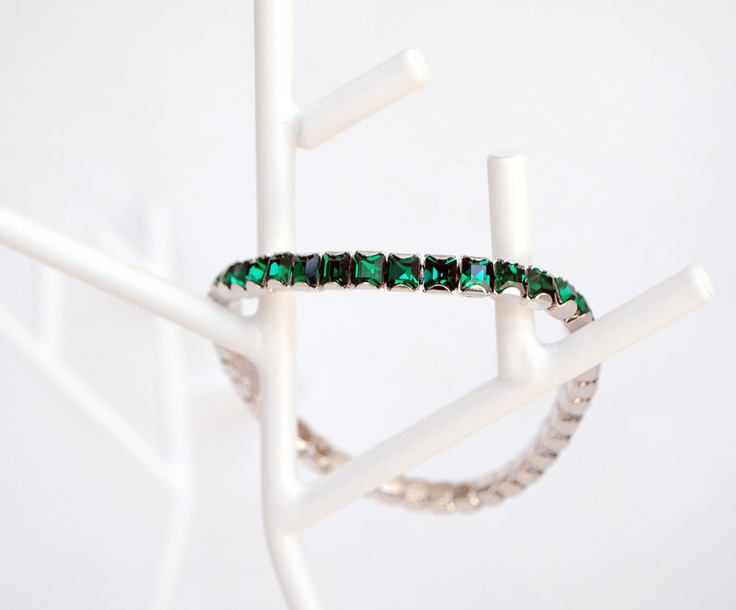 Emerald Green Crystal Stretch Bracelet by GemBoutiqueOnline $26
