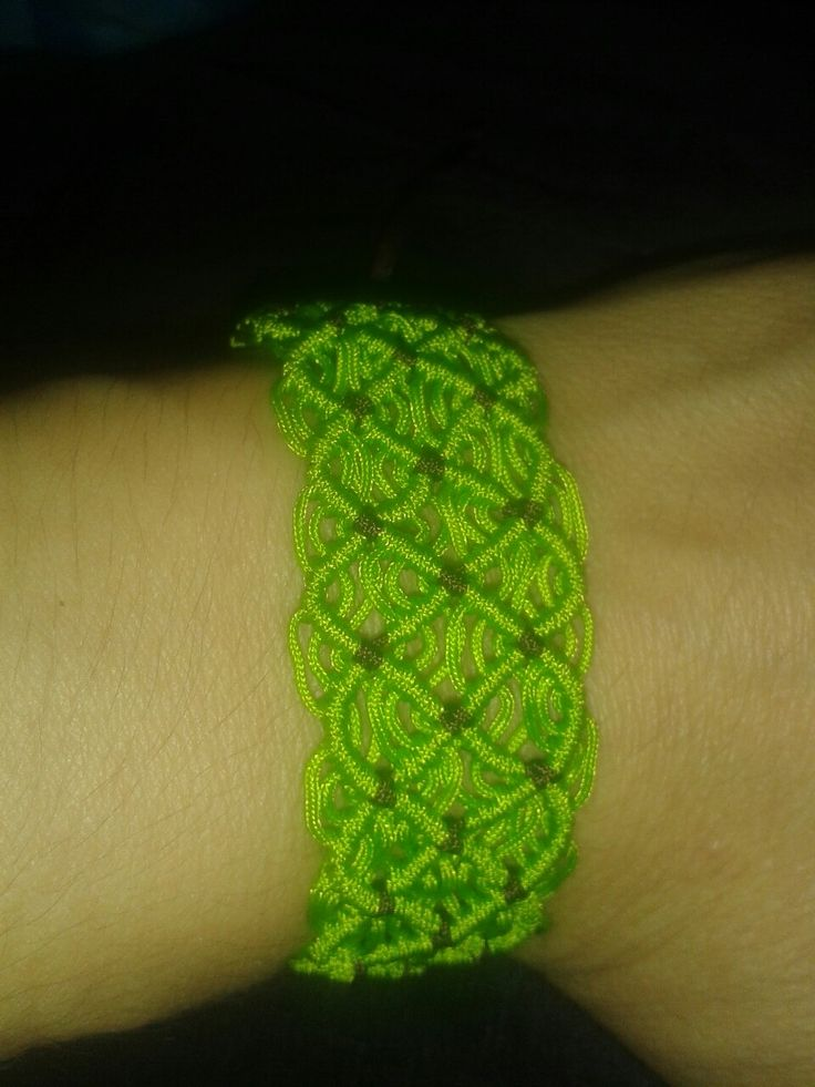 Double wave green and brown macrame bracelet ♡