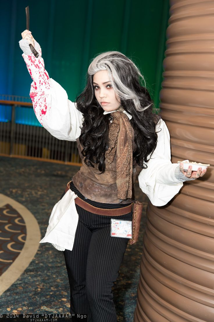 Sweeney Todd #LBCC2014 #DTJAAAAM    awesome  cosplay... is someone remember that?