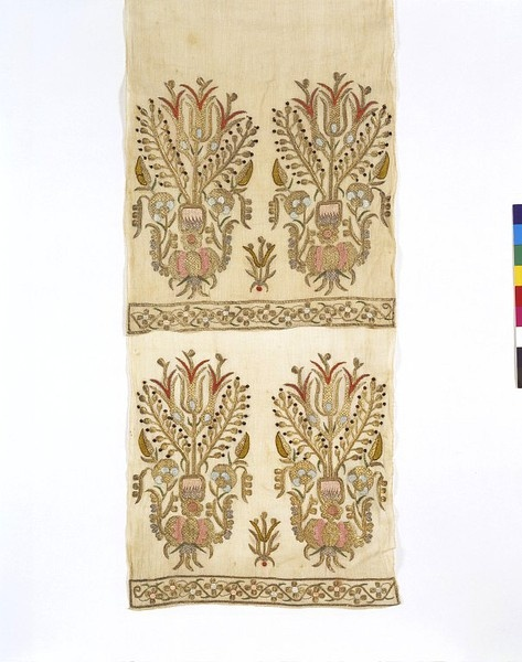 19th century Turkish cotton sash with silk and metal thread embroidery