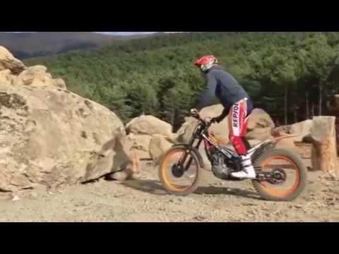 BEAUTIFUL    MOTOCROSS     SHOW