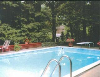 With Mountain Views High Above North Asheville And Within 10 Minutes Of Downtown And The